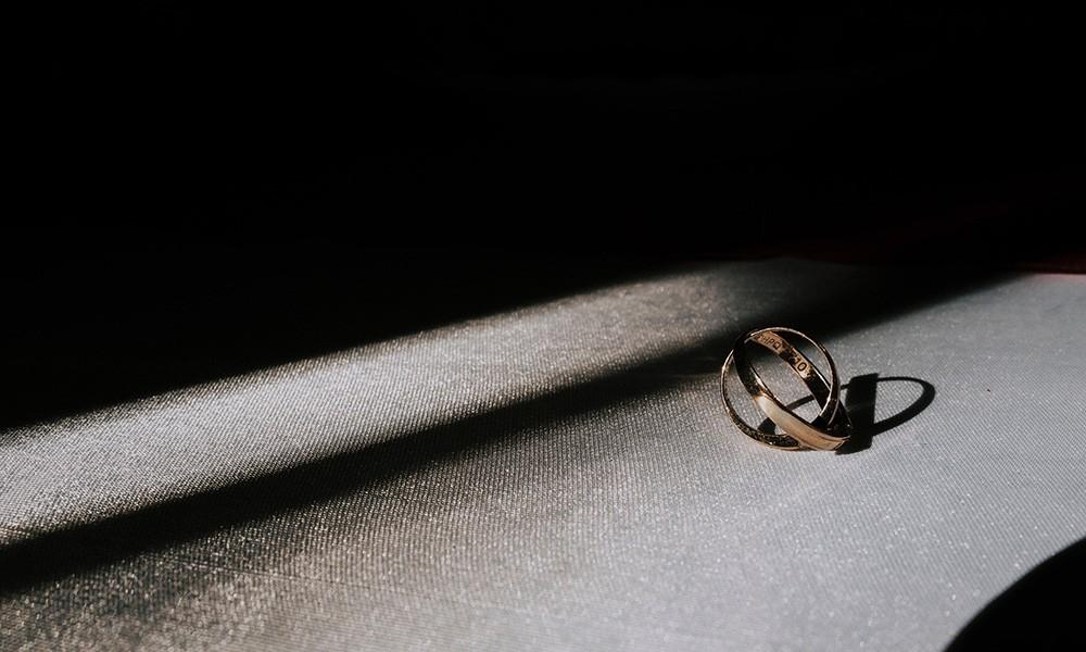 Come pulire i gioielli in oro: la guida completa